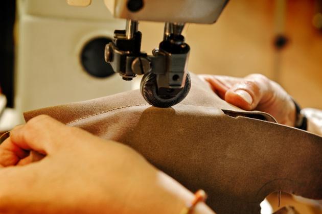 Come fare a cucire borsette in pelle